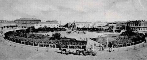 Исторический календарь Самары: 27 октября. Открылся Окружной суд (1870), ломали голову о названии площади у вокзала (1904), в Самаре провозглашена Советская власть (1917)
