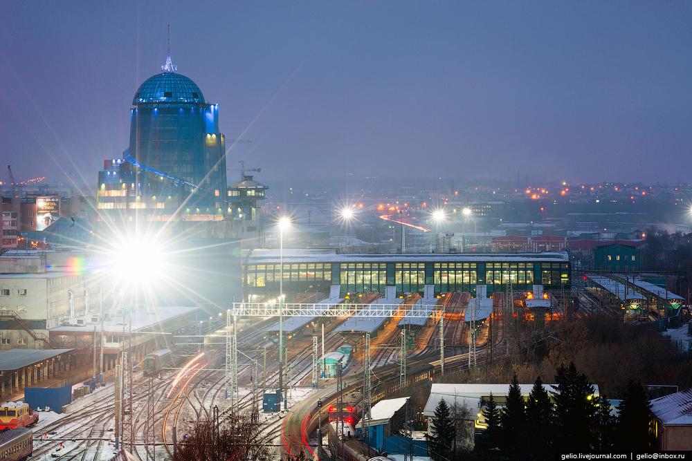 На фото ЖД вокзал Самары