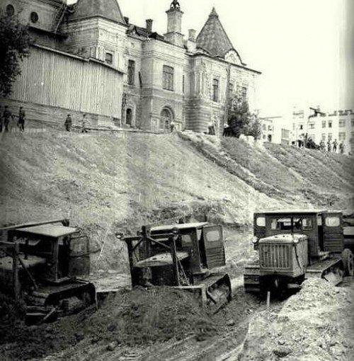 Исторический календарь Самары: 22 июля. Начали строить тротуары (1855), прибыли 500 бойцов отбирать хлеб у крестьян (1919), создан штаб похода за радиофикацию (1930)