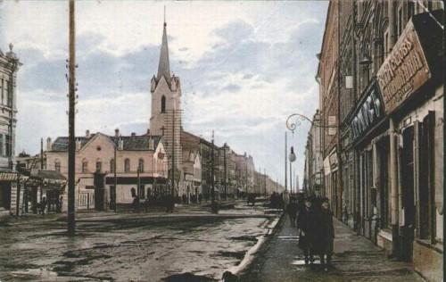 Исторический календарь Самары:  26 октября. Лютеранская кирха (1865), нефтяные караваны на реке Самара (1905), театр в помещении костела (1930)